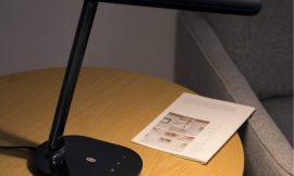 Lámpara LED Taotronics negra, 5 modos de brillo, 3 modos de color, control táctil por sólo 16,07€.