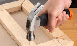 Pequeño pero matón; martillo de carpintero con cabezal magnético Tacklife por 4,99€.
